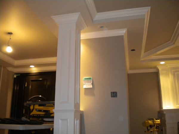 Interior columns minotavros painting inc for Columns in houses interior